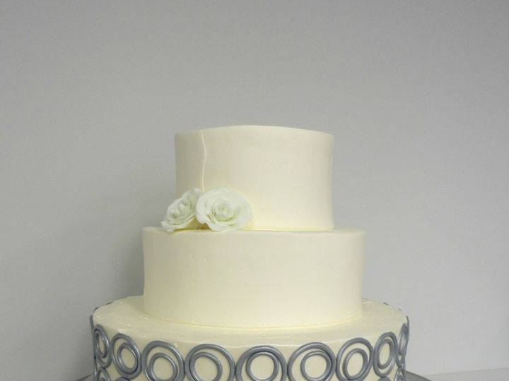 Tmx 1381855284780 Modern Circle Wedding Cake Danvers wedding cake