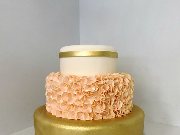 Tmx 1478711459284 Blush And Gold Wedding Danvers, MA wedding cake