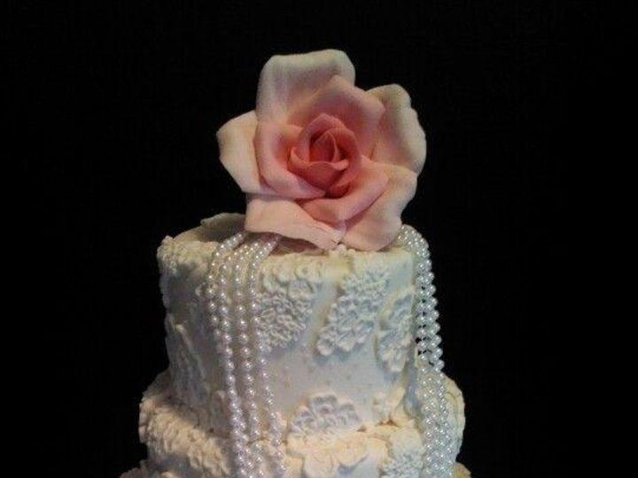 Tmx 1487096083160 90c0d1ca8c30e42c526b27728e0f6f44 Schenectady, New York wedding cake