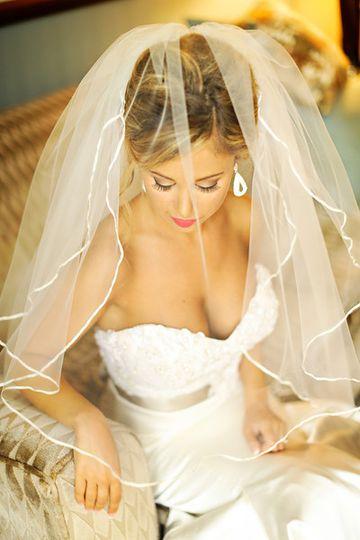 Bridal dress and veil