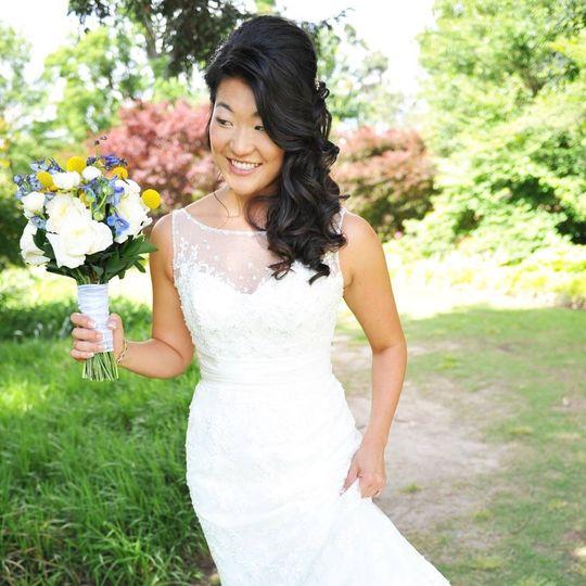 Bride in a sleek sleeveless dress