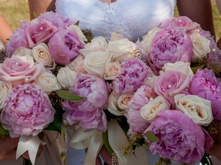 Tmx 1415996852013 42855010152815725800078103313965n Great Falls, MT wedding florist