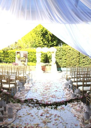 Gorgeous aisle in our outdoor garden space.