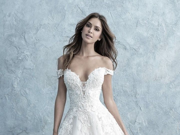 Tmx 9681f A87efb692e79826fef0df607e21e99ed 720x 51 3166 158740659773730 Brooklyn wedding dress