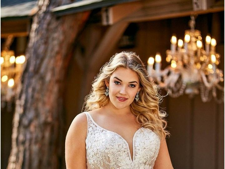 Tmx D2675 A1 Everybody Everybride 720x 51 3166 158740658370423 Brooklyn wedding dress