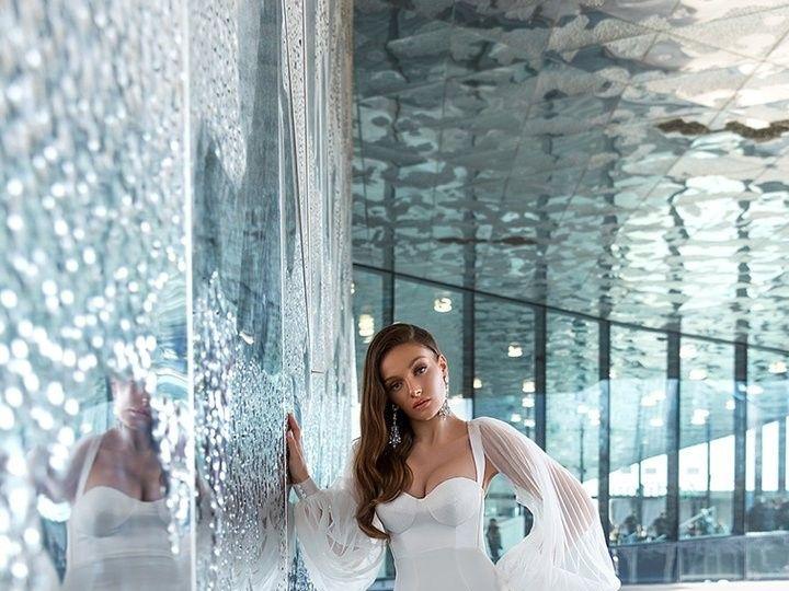 Tmx Mika 2 720x 51 3166 158740660037458 Brooklyn wedding dress
