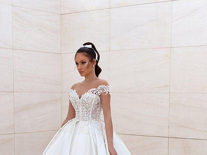 Tmx Navarra 1 720x 51 3166 158740658461106 Brooklyn wedding dress