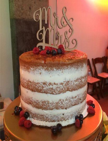 creme brulee naked cake