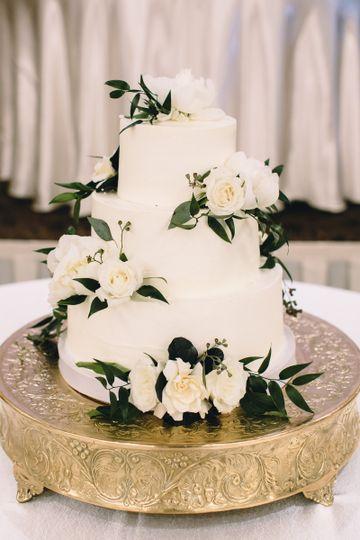 Molly S Cupcakes Wedding Cake Chicago Il Weddingwire