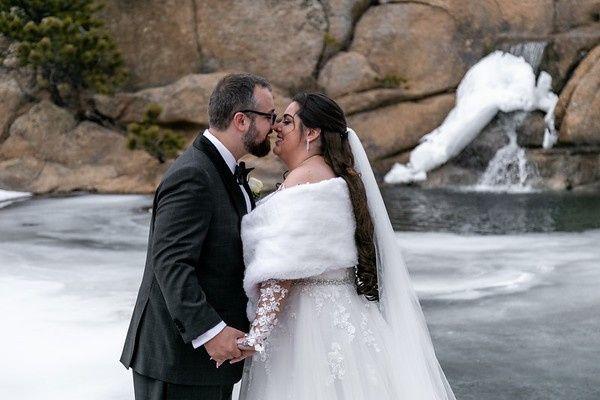 Tmx Bride Groom Waterfall 51 776166 159286508967850 Longmont, CO wedding planner