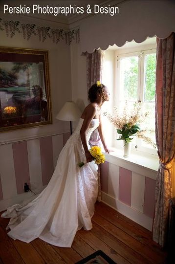 Last look before ceremony starts!  Photo by Perskie Photographics & Design