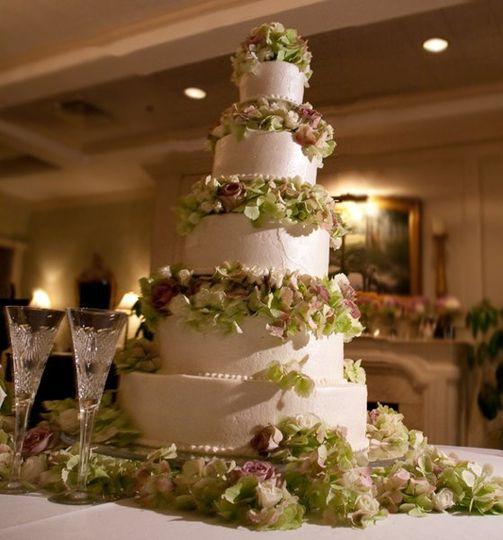 WeddingcakeBLUDOORSTUDIOScroplowres