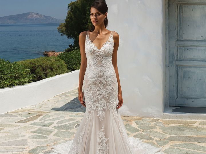 Tmx 1521221875 6e0197e1604a496f 1521221873 Fb7e31f1a5d3acd9 1521221832775 23 JAB 8961 FF 7940 Portland, OR wedding dress