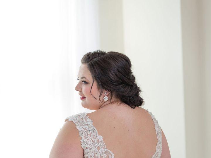 Tmx 1527620151 5b9a67f6a16a58b7 1527620149 A9d8de3a47400301 1527620130419 16 0658 Portland, OR wedding dress