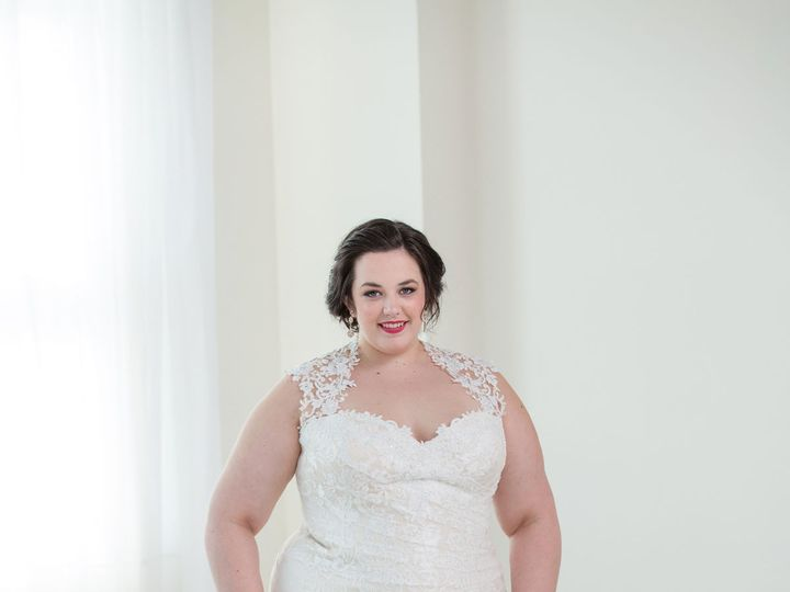 Tmx 1527620160 8d9fd0e47658af4f 1527620158 0c157fdd74f2421b 1527620130431 23 0815 Portland, OR wedding dress