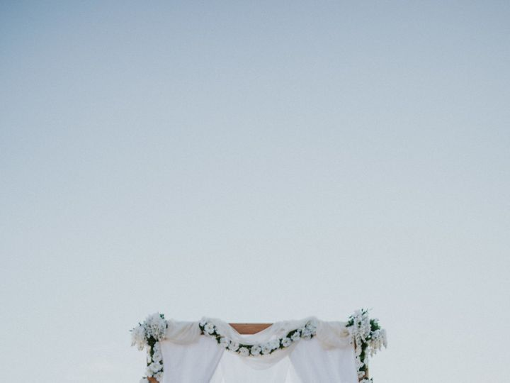 Tmx 1535406351 8e686c4cdb28cccf 1535406347 92b3148299e19f0c 1535406336063 14 231A1606 807 Portland, OR wedding dress