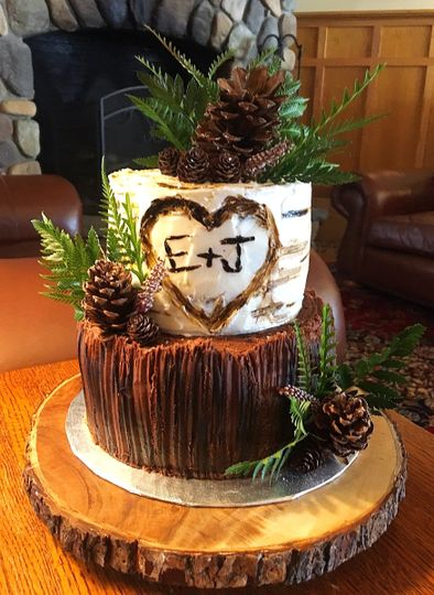 2-tier cake with wood-themed tier