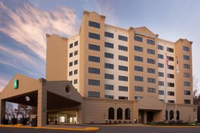 Embassy Suites Raleigh Crabtree