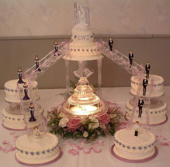 fountain wedding cake