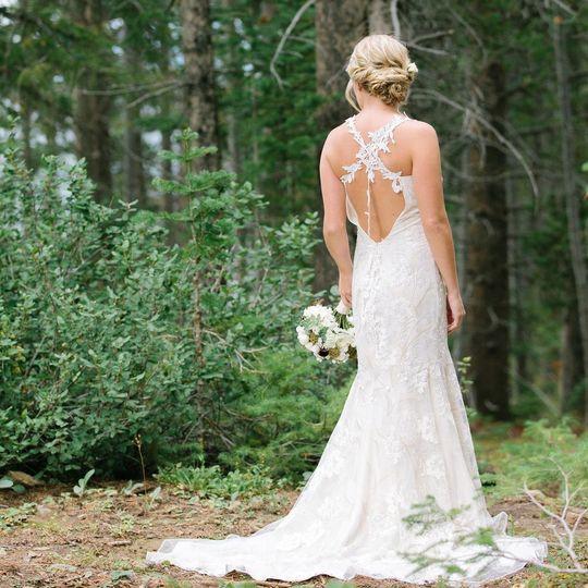 Used Designer Wedding Gowns: PreOwnedWeddingDresses.com Reviews & Ratings, Wedding