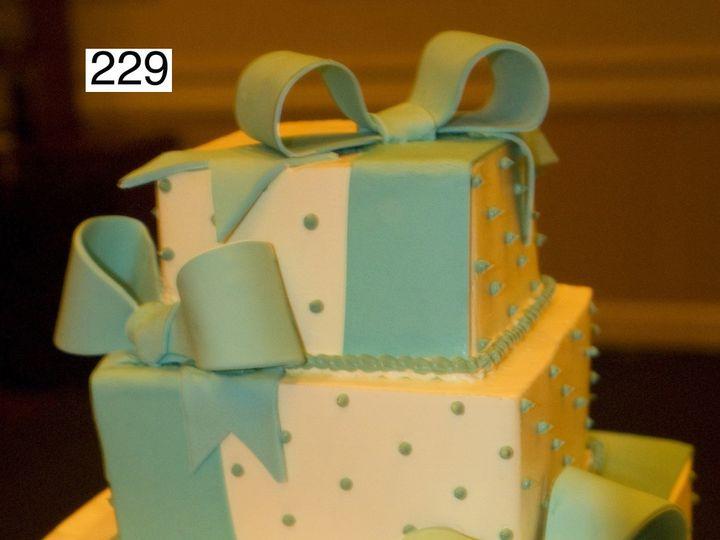 Tmx 1382487594833 229 Bryn Mawr wedding cake