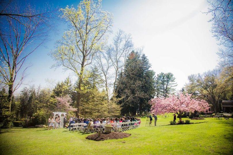 Outdoor weeding ceremony