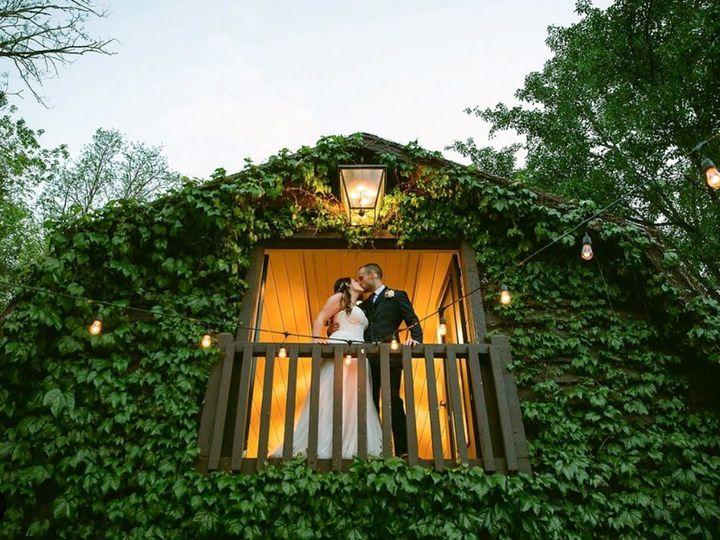 Tmx Kissing Couple In The Salon 51 443366 1571281389 Andrews wedding venue