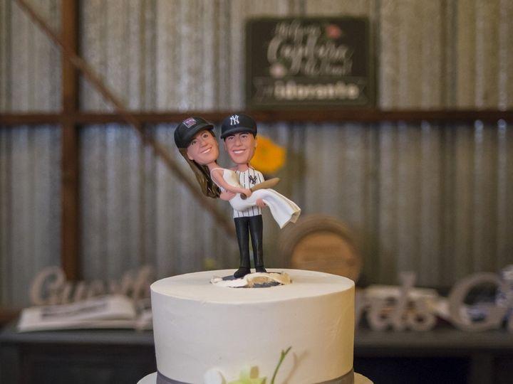 Tmx Carolyn And Tom Wedding 2018 0001 1948 51 44366 V2 Accord, New York wedding cake