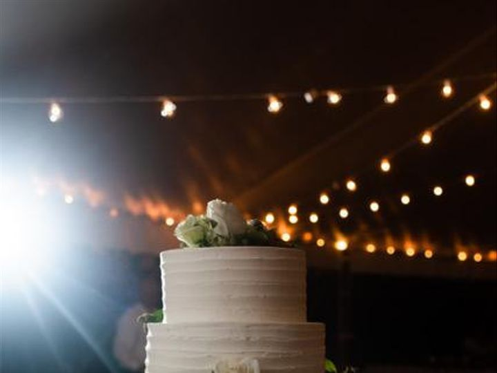 Tmx Randi And Scott Jpg2 51 44366 157480315811212 Accord, New York wedding cake
