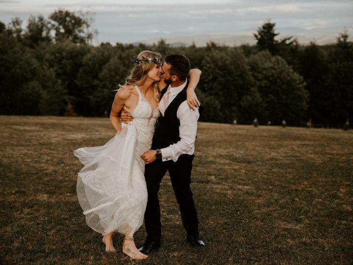 Tmx 1530576213 A35c34e46330d373 1530576211 8a4a340320a151bf 1530576187575 4 1 Snohomish, WA wedding photography