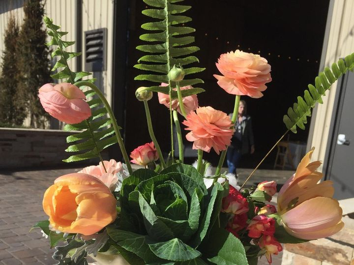 Tmx Img 4890 51 627366 1561134413 Larkspur, CO wedding florist