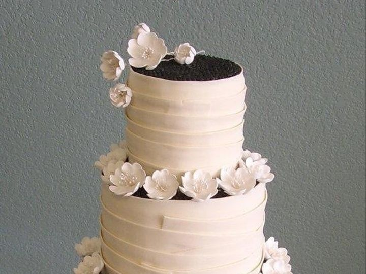 Tmx 1376621283462 Img0583.jpg 2 Addison, TX wedding cake