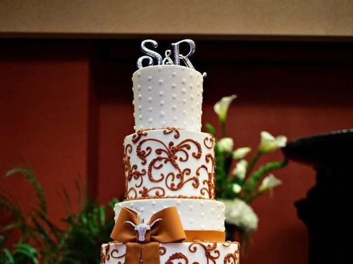 Tmx 1376621731872 Img0597.jpg 3 Addison, TX wedding cake