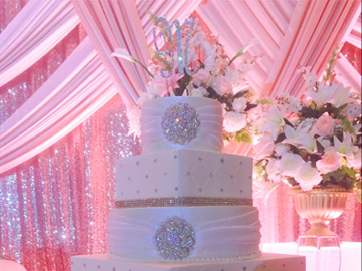Tmx Bling And Broach 51 47366 Addison, TX wedding cake