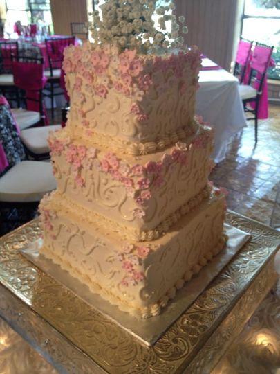 chris and jennies wedding cake