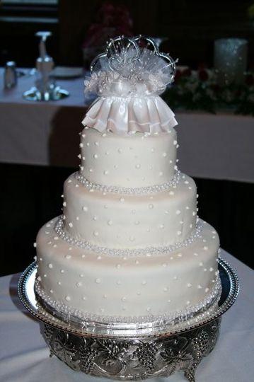 mike celestes wedding cake