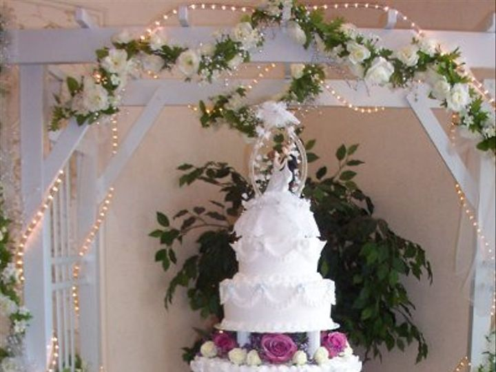 Tmx 1212410364966 100 1823 Templeton wedding cake