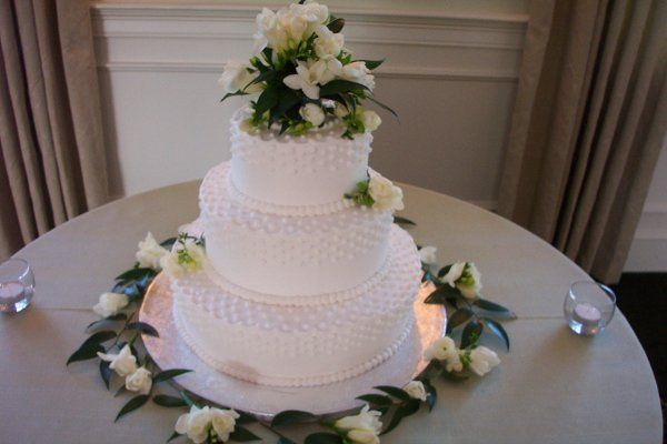 Tmx 1212410722200 100 1787 Templeton wedding cake