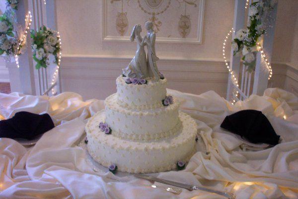 Tmx 1212410817231 100 1767 Templeton wedding cake