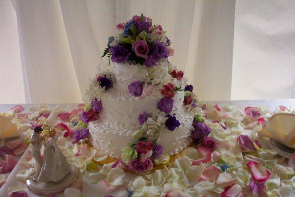 Tmx 1212411785809 100 1362 Templeton wedding cake