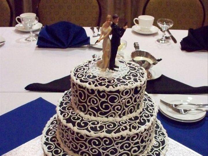 Tmx 1255349729121 1010161 Templeton wedding cake