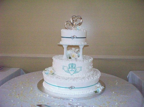 Tmx 1255349918261 Picture192 Templeton wedding cake
