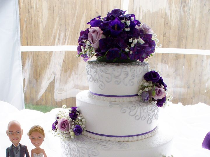 Tmx 1382363688820 1003006 Templeton wedding cake