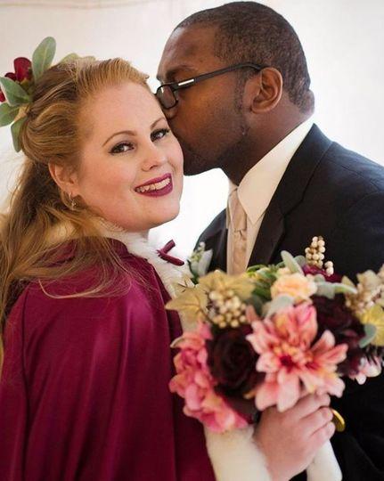 Wedding kisses | LT Visuals Photography