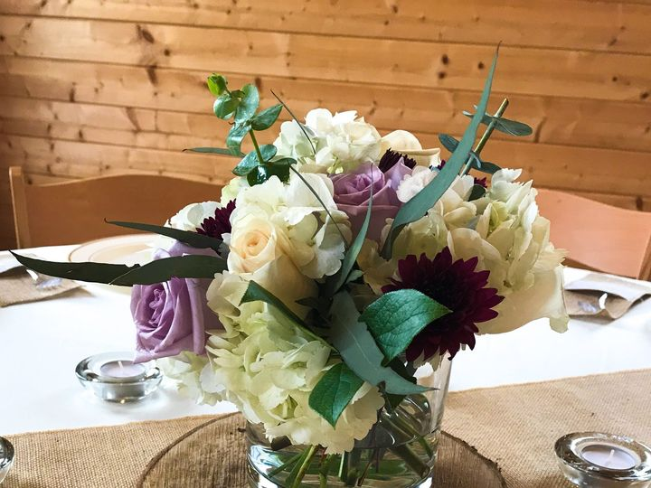 Tmx 1526420908 6796c510232ebe6f 1526420906 0dbc99fa0cb5fc06 1526420904761 1 IMG 5765 Cary, North Carolina wedding florist