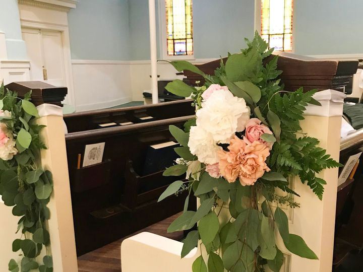 Tmx 1539559313 1dea559cdae459ac 1539559282 28c9295e3699a631 1539560141282 8 IMG 6433 Cary, North Carolina wedding florist