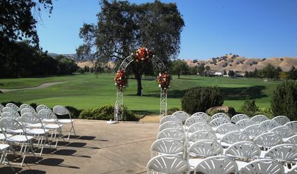 The Clubhouse at Paradise Valley 2