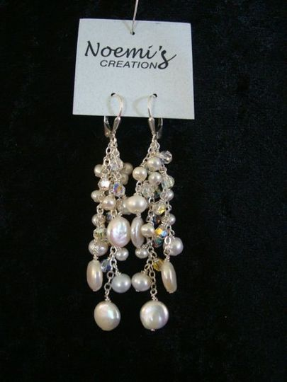 Beautiful fresh wather perarls in diferente sizes with swarovski crystals