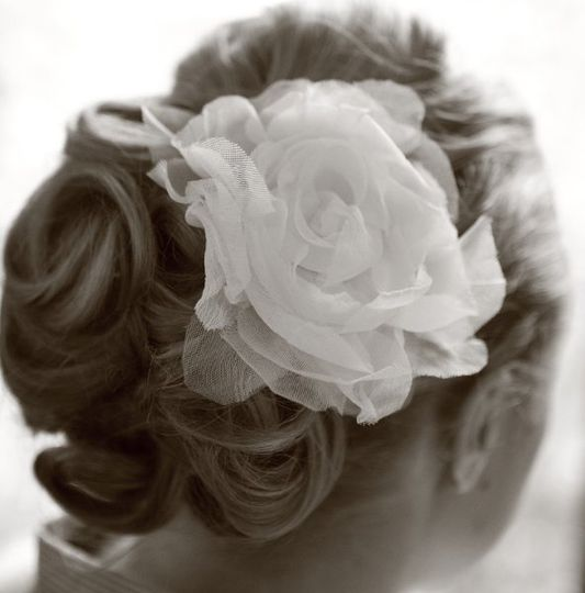 Large rose hair ornament