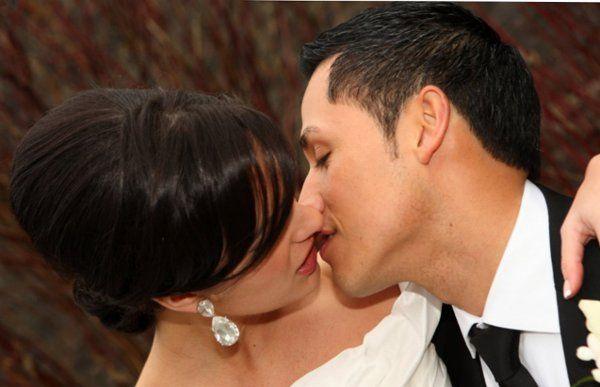 Tmx 1317056340142 VCLG0352 Livingston wedding beauty